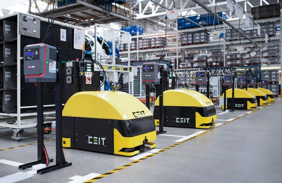 V Škoda Auto nasadili najnovšie logistické roboty Asseco CEIT