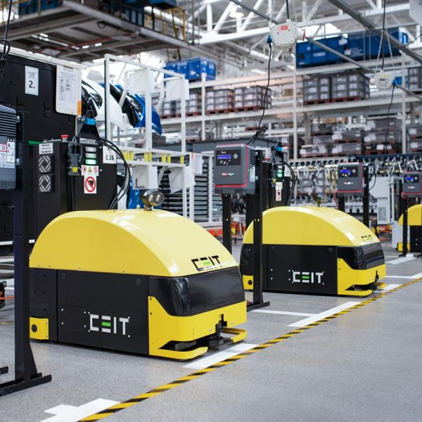 Latest state-of-the-art logistics robots from a Slovak manufacturer deployed in ŠKODA AUTO